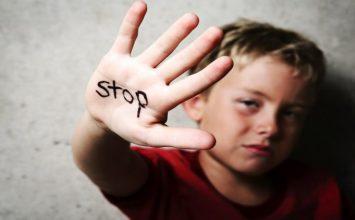 5 Fakta yang Semakin Membuka Matamu untuk Akhiri Kekerasan pada Anak