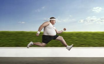 Turunkan Berat Badan dengan 5 Olahraga Praktis di Rumah
