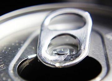 8 Kerugian Akibat Minuman Bersoda buat Tubuhmu