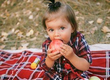 Jangan Biasakan Beri Makan Bayi di Waktu Ini
