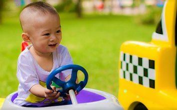 Bingung Pilih Mainan Anak? Simak 4 Tips ini!