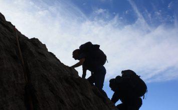 Berencana buat Naik Gunung? Simak 5 Tips Berikut Ini!