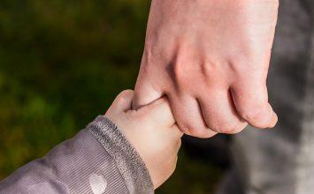"""Apa Kamu Berhak Menerima Bantuan """"Program Keluarga Harapan""""? Cari Tahu Di Sini!"""