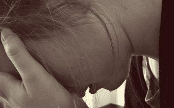 Inilah Bedanya Baby Blues dan Postpartum Depression
