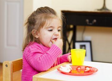Tips Snacking Sehat buat Si Buah Hati
