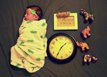 Membedong Bayi, Boleh Ngga Sih?