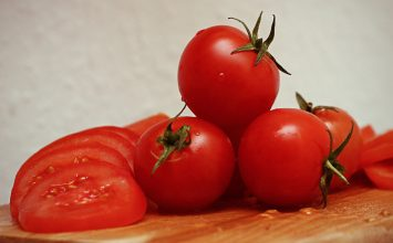 Tomat untuk Mengecilkan Pori-Pori? Kenapa Ngga!
