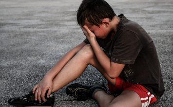 Mengatasi Trauma Gempa pada Si Kecil
