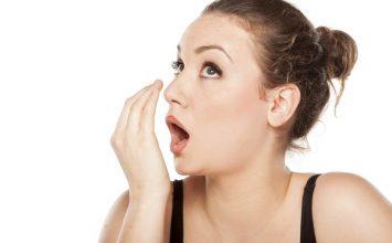 Kenali Penyebab Bau Mulut dan Atasi Segera!