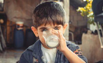 Apa ya, Bedanya Intoleransi Laktosa dan Alergi Susu?