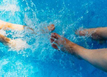 Benarkah Berenang di Kolam Renang bisa Menyebabkan Hamil?