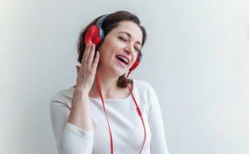 Tips Tetap Aktif dan Bahagia Selama #dirumahaja