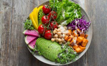 Ibu dengan Diet Vegetarian, Bolehkah Tetap Menyusui?