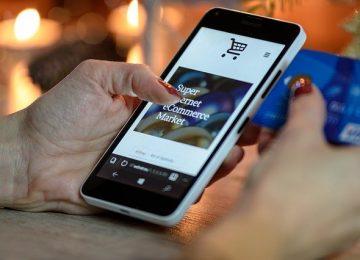 "Pelanggan UMKM yang ""Paksakan"" E-Commerce"