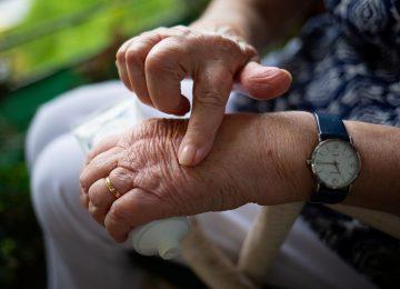 Mengenal Artritis Reumatoid dan Penangannanya